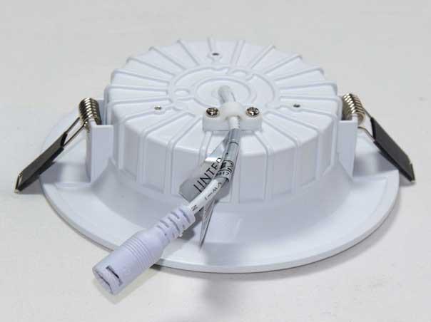Rückseite LED Einbauleuchte CRI90