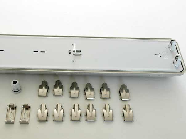 Hervorragend 150cm T8 Feuchtraum Wannenleuchte LED 230V IP65 2-flammig grau AM97