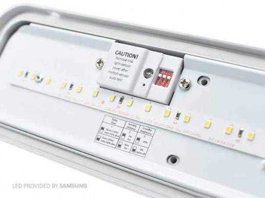 60cm tri-proof luminaire LED with sensor up to 2000 lumens IP65 4000K Samsung LEDs. Adjustable basic lighting for increased safetyIn many applications, it makes sense to switch basic lighting permanently for safety reasons. For example, in multi-storey car parks to create a heightened sense of security or in areas where basic orientation is necessary.