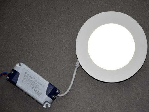 Affordable 120mm round LED Downlight / Mini-Panel for a 105mm hole diameter